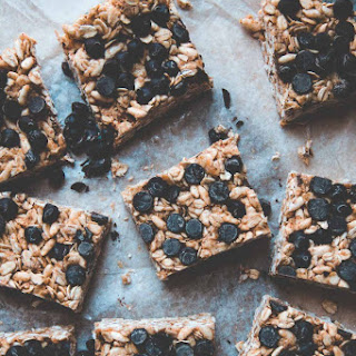 Super Chewy Almond Butter Chocolate Chip Granola Bars