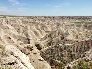 """Photo: The areas are called Badlands, as its not useful for farming or transport. Even the Lakota Indians agreed, calling them """"Makhóšiča"""" or Bad Land"""