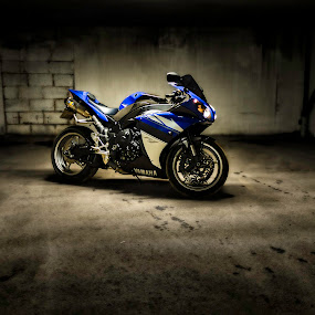 My R1 by Patrick Janson - Transportation Motorcycles ( amazing, motorbike, motorcycle, r1, dangerous )