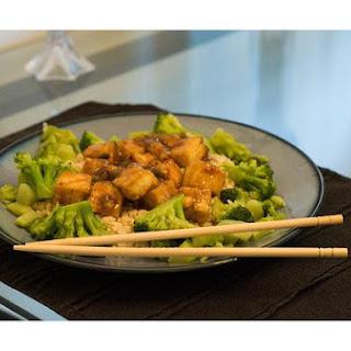 Stir - Fry Chicken With Garlic Sauce.