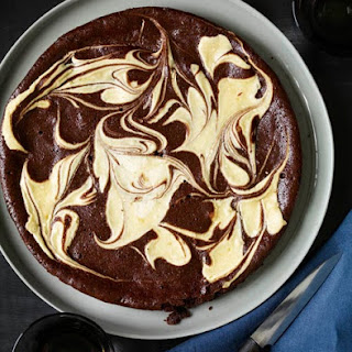Flourless Chocolate and Vanilla Marble Cake