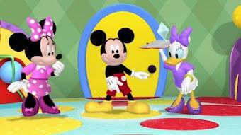 Mickey part à la chasse au trésor