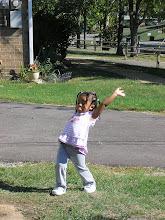 Photo: she's posin'!  (10/14/07)