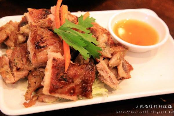 台中僑泰村,道地泰式料理