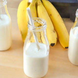 Creamy Banana Vanilla Yogurt Smoothie