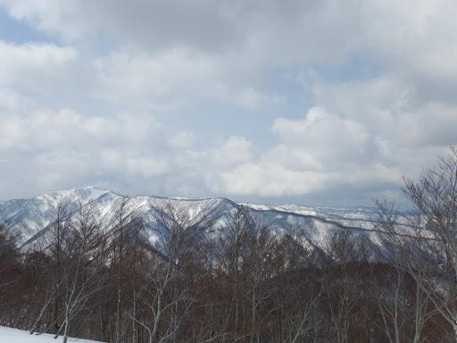 西に上谷山