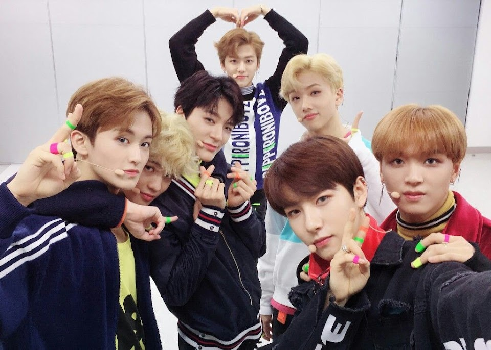 NCTDreamGroupPicture