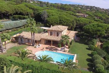 Villa 11 pièces 450 m2