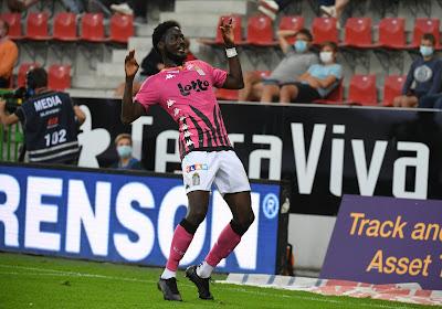 """Aanvaller van Charleroi was er niet bij tegen KAA Gent door het coronavirus: """"Ik voel mij goed"""""""