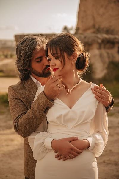 Fotógrafo de casamento Katerina Mironova (Katbaitman). Foto de 08.06.2019