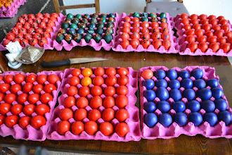 Photo: Preparation of eggs for Easter in the Armenian church in Amed city centre