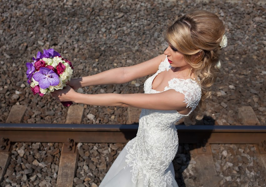 Esküvői fotós Vali Negoescu (negoescu). Készítés ideje: 16.09.2015