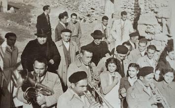 Photo: Autoridades. Proveedor:Familia Rojo-Ojeda. Año: 1948.