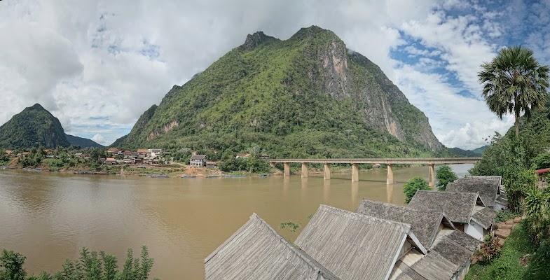 Ou River in Nong Khiaw.