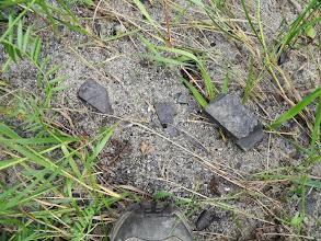 Photo: und Kohle liegt hier überall herum