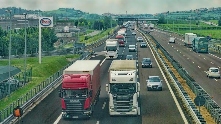 El transporte de frutas y hortalizas de Almería se hace, en su mayor parte, por carretera.