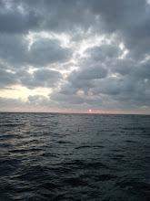 Photo: やっと太陽が昇ってきたぞー! ガンバるぞー!