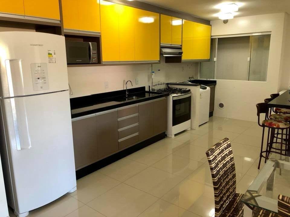 Apartamento com 2 Dormitórios à venda, 85 m² por R$ 640.000,00