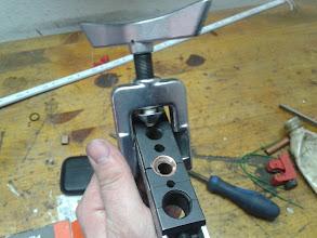Photo: Abocardo el tubo, como si de un aire acondicionado se tratara.