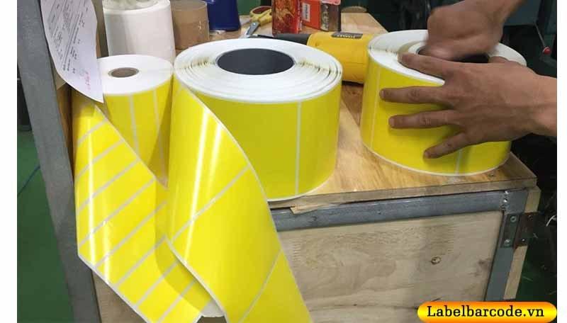 Giấy decal nhuộm màu vàng tại Xưởng An Thành