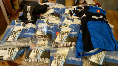 Photo: Kit arrival day