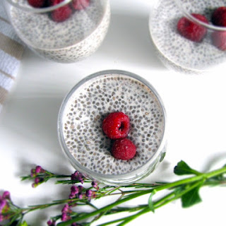 Easy Vanilla Almond Milk Chia Seed Pudding