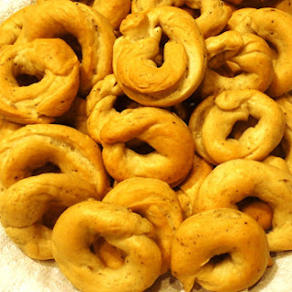 Taralli - Italian Mini Bagels or Pretzels