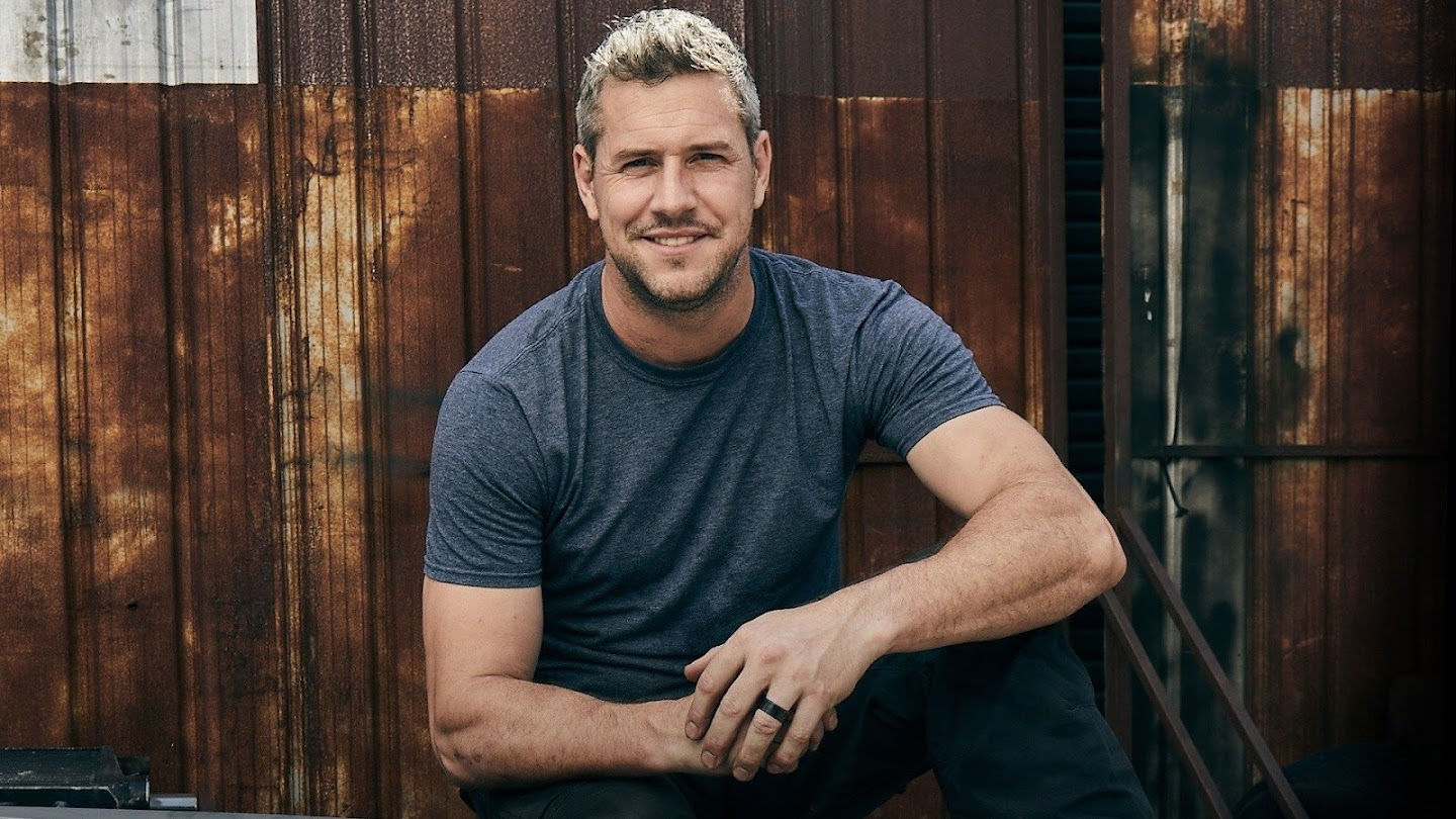Watch Ant Anstead Master Mechanic live