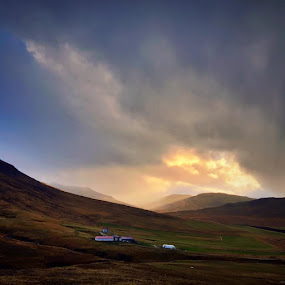 A piece of heaven by Kristján Karlsson - Landscapes Mountains & Hills ( farm, clouds, iceland, mountain )