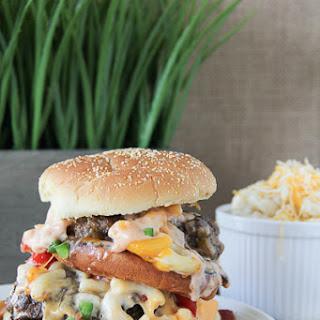 Outrageous Macaroni & Cheeseburger