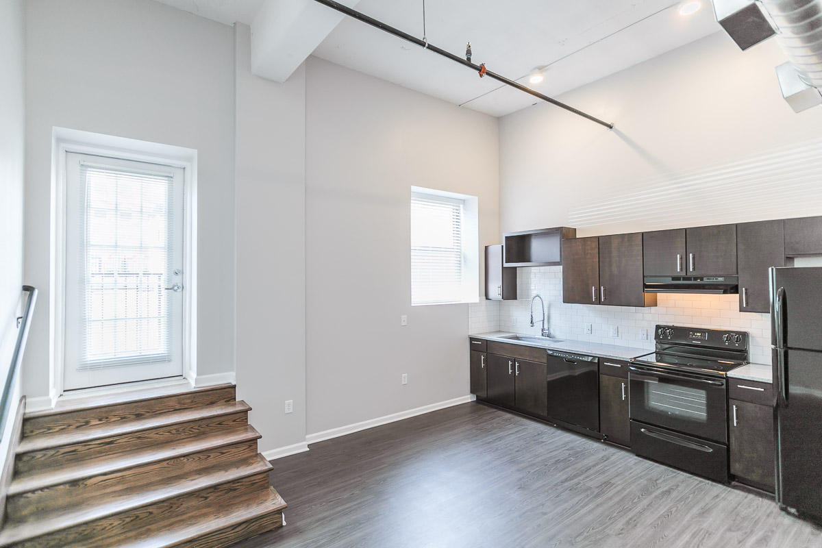 Derby with Patio Floorplan (1 Bed, 1 Bath) | 915 Broadway Apartments ...