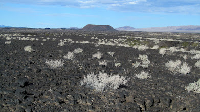 Photo: Amboy Crater and lava flow