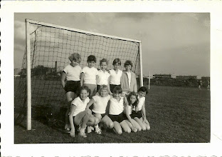 Photo: 1e handbalwedstrijd Nel Damsma