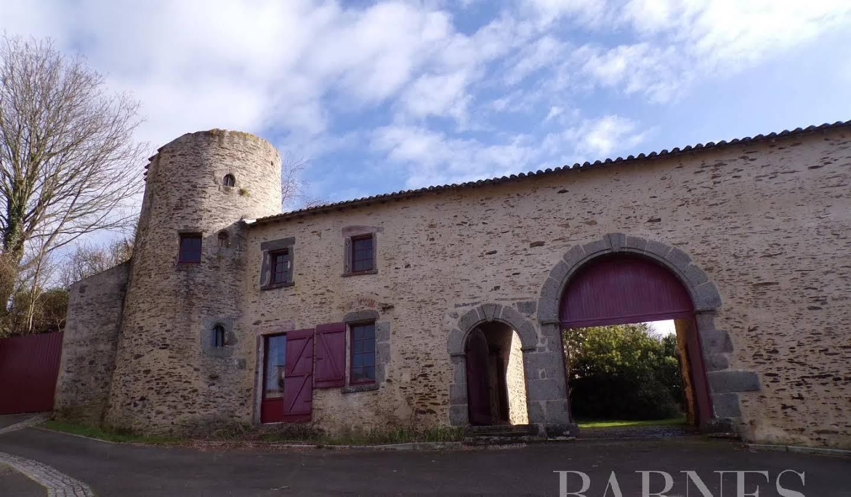 Manor La Châtaigneraie