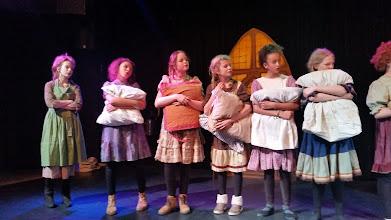 Photo: Presentatie musical Annie - cursus van Eszter Triz en Barbera de Bruijn