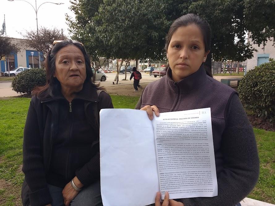 Mujer denuncia que le usurparon la casa adjudicada, le pegaron y la restricción perimetral se la pusieron a ella