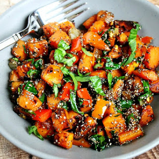 Spicy Red Pepper and Spinach Sweet Potato Hash Browns.