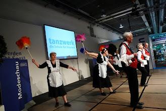Photo: Engagierte Tänzerinnen und Tänzer