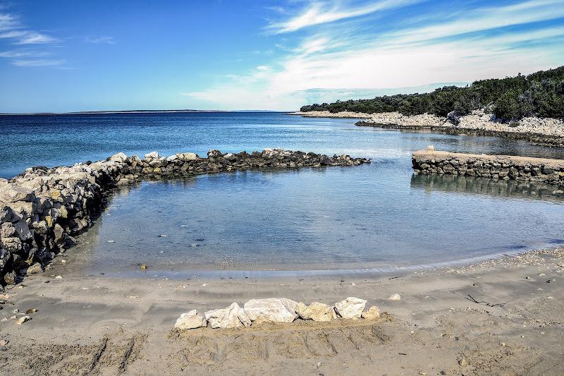 tracce in spiagge croate di defci