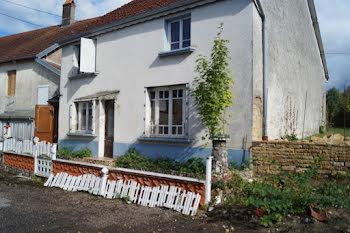 maison à Auvet-et-la-Chapelotte (70)