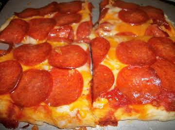 Amazing Pepperoni Pizza