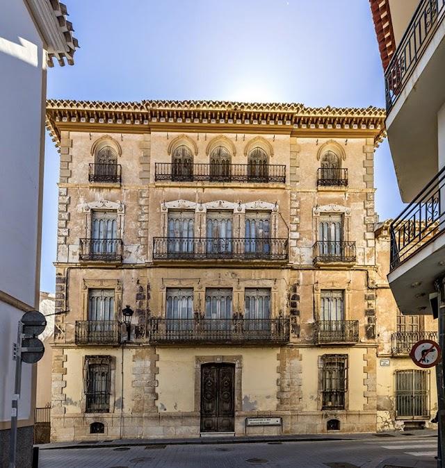 Casa Modernista en Vélez Rubio (Foto Pako Manzano).