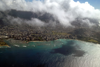 Photo: Oahu helicopter tour http://ow.ly/caYpY
