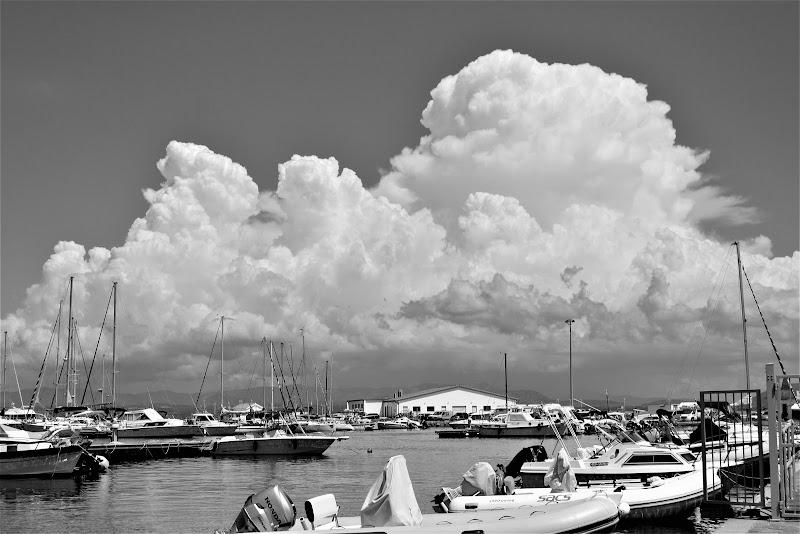 Sea and clouds di clara_cp