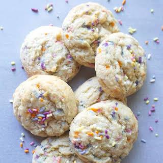Vegan Sprinkle Cookies.