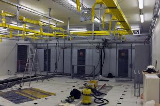 Photo: Salle 1 - Pose des grilles #datacenter #reims (Visite de chantier 06.11.2014)