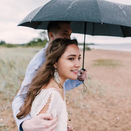 Wedding photographer Aleksey Khanykov (Khanykov). Photo of 11.12.2017