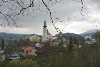 Photo: pohled zpět na obec Branná