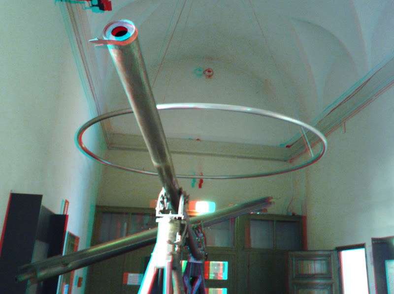 Photo: 1775 Dollond refractors on display at the Brera astronomical museum in Milan, Italy. Anaglyph created with Make It 3D Pro for Android and a Nexus S.