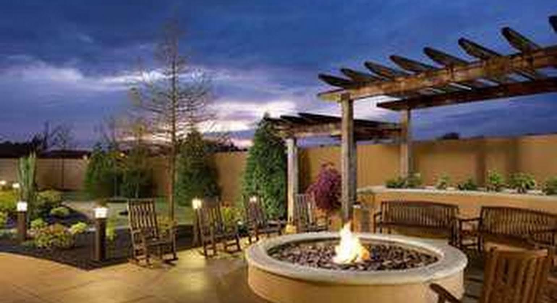 Courtyard by Marriott Jackson